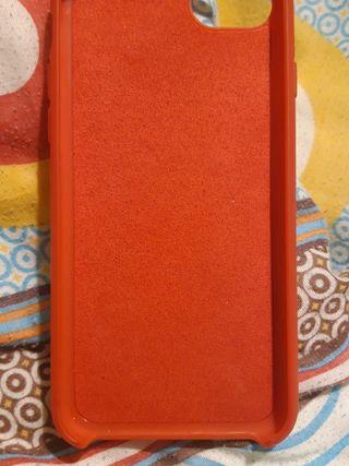 Vendo funda iphone 6s roja en perfecto estado