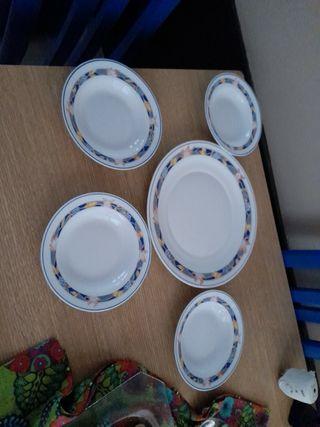 Bandeja y cuadro platos