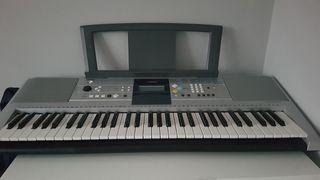Sintetizador Yamaha poco uso