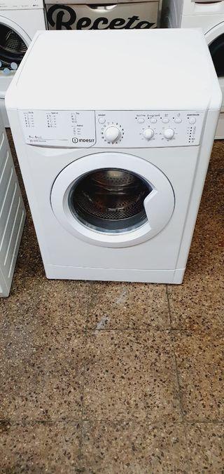 lavadora secadora marca Indesit 7 kg de lavado