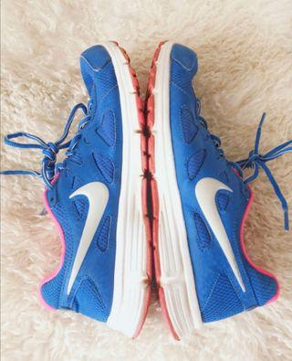 zapatillas nike revolution azul y rosa