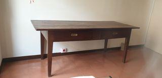 mesa grande de madera maciza. vintage