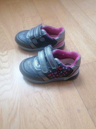 zapatillas deportivas talla 22