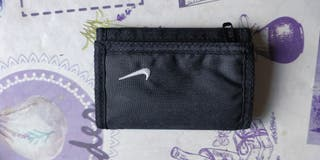 cartera Nike