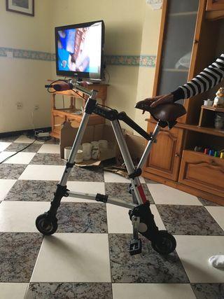 Bicicleta A - BIKE (más pequeña del mundo)