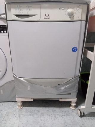 Lavadora Indesit para reparar