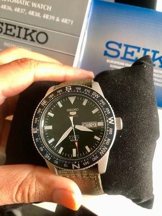 Reloj Seiko NEO Sport Automático. NUEVO