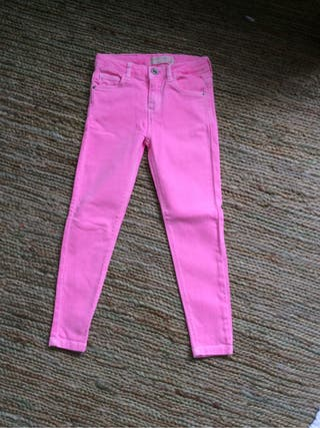 Pantalones sin usar T6