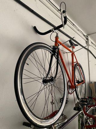 Fixis bicicleta piñon fijo
