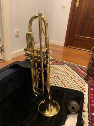 Trompeta en si bemol J. Michael TR380