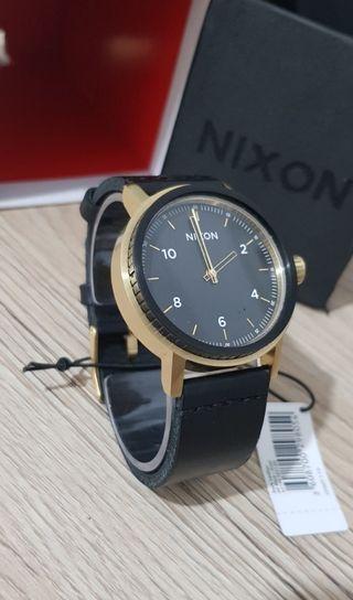 Reloj Nixon Stark leadher