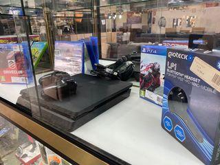 Pack Ps4 500 Gb+ 4 Juegos+ Auricular manos libres