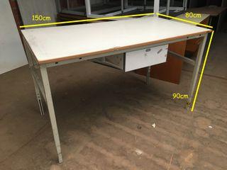 Mesa de taller con cajón, Ref: 040304