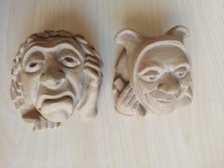 Conjunto 2 cabezas de bufones en cerámica.