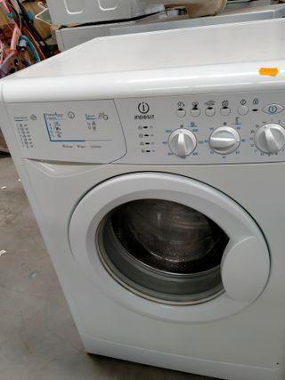 lavadora de segunda mano Indesit