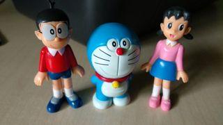 3 Juguetes/Figuras Doraemon