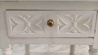 Dos mesitas blancas madera maciza