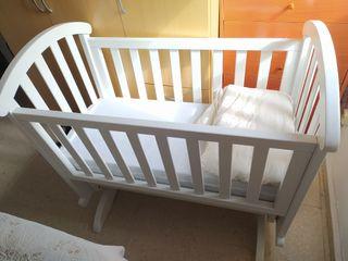 Cuna mecedora para bebés