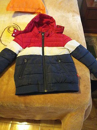 abrigo de niño 5 años Levis original