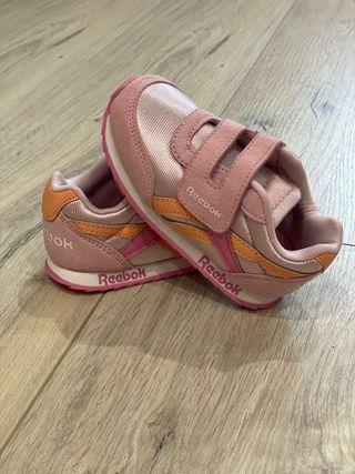 Zapatillas Reebok classic talla 23,5 rosa nuevas