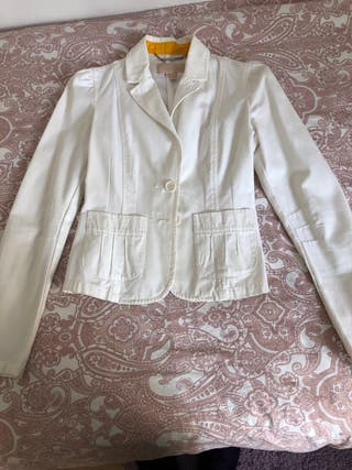 chaqueta vaquera blanca