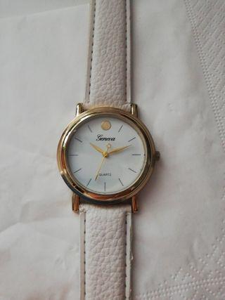 Reloj relog nuevo blanco oro correa blanca precis