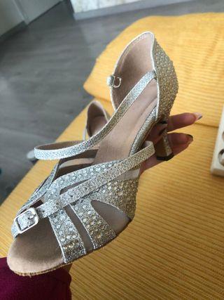 zapatos de baile NUEVOS