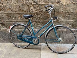 Bicicleta de ciudad y de paseo