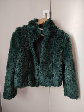 abrigo verde de pelo de Lefties