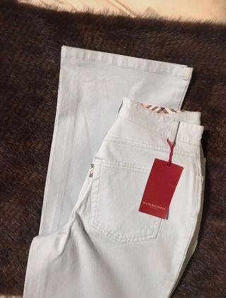 Pantalones Burberry, Nuevos 140€ T/38