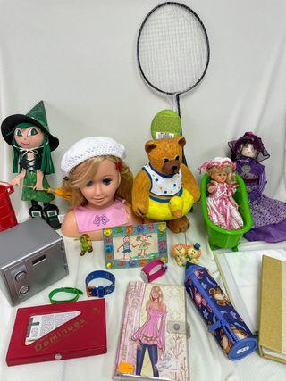 Lote juguetes, reloj Swatch, álbumes...