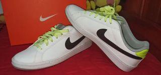 Zapatillas Nike Talla 42, Color Blanco como nuevas