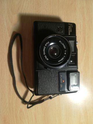 Cámara fotográfica Fujica.