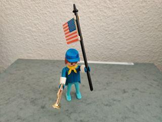 Playmobil. Soldado con corneta y bandera