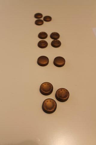 Grips distintos modelos para PS4 color bronce
