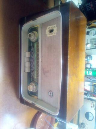 Radio antigua Llansur + Transformador