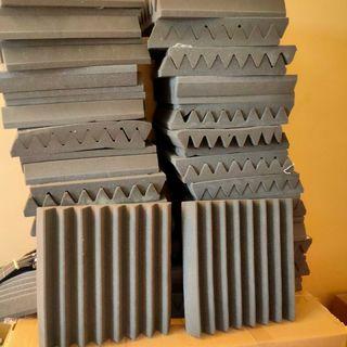 50 Paneles de Espuma Acústica Gris 30x30x4 cm