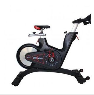 Bicicleta Spinning de gimnasio nueva
