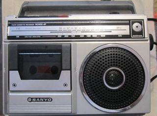 Radio Antigua con cassette SANYO