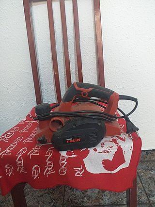 cepillo eléctrico para carpintero