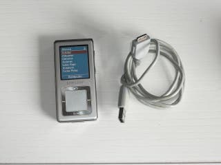 Samsung YP-Z5 MP3 PLAYER 2GB.