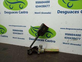 Enganche cinturon delantero izquierdo Renault Clio