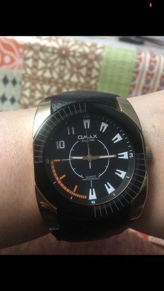 Reloj de hombre,marca Omax con muy poco uso