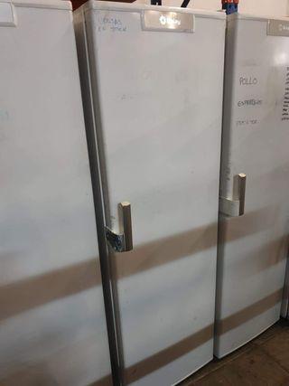 deja wasap congelador vertical marca balay de cajo