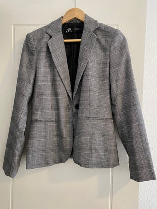 Blazer basic Zara talla S cuadros