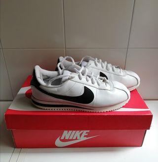 Nike Cortez B/N