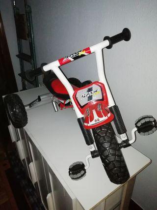 triciclo Monty BMX