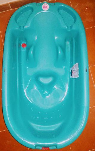 Bañera con reductor y patas.