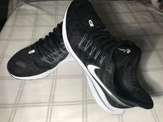 Bambas Nike Zoom Vomero