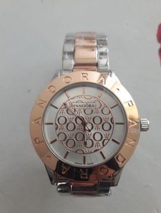 Reloj Pandora Color Oro rosa y plata (Mujer)